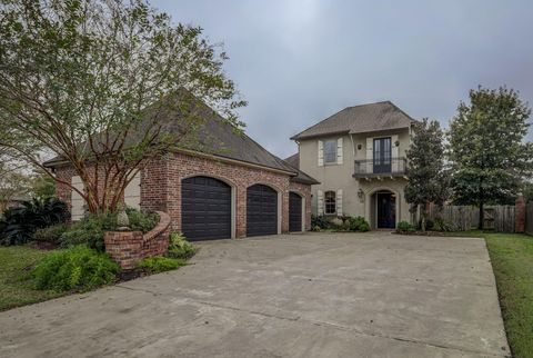 Photo of 112 Stonesberry Dr, Lafayette, LA 70508
