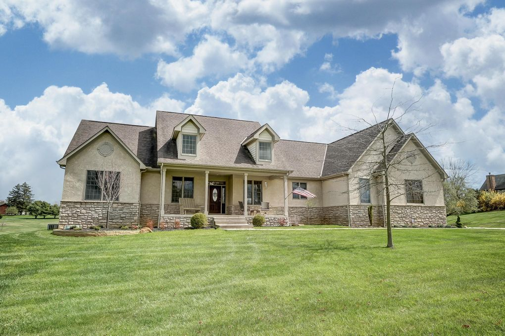 105 Orchard Dr Granville, OH 43023