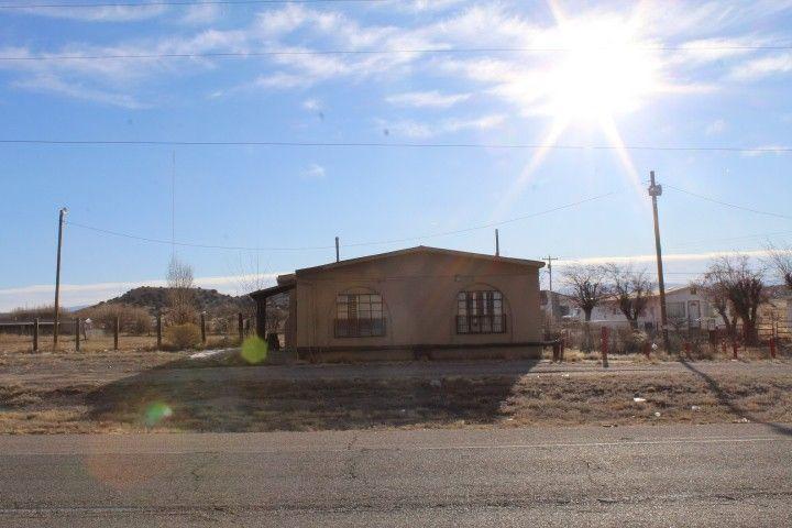 712 Highway 68 Alcalde, NM 87511