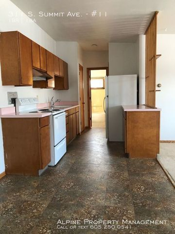 Photo of 311 S Summit Ave Apt 11, Sioux Falls, SD 57104