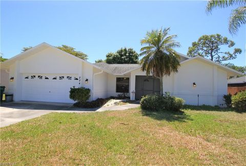 Photo of 224 Erie Dr, Naples, FL 34110