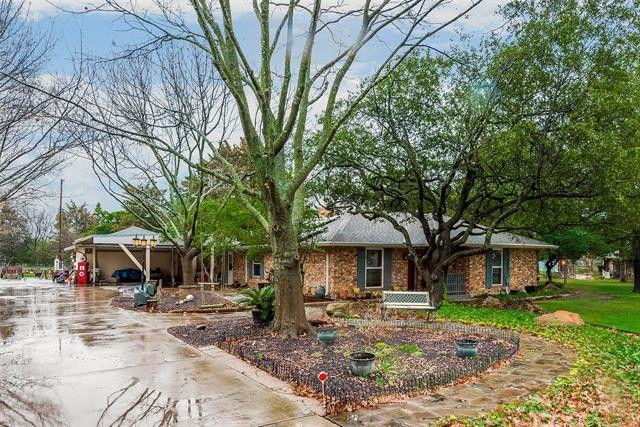 106 Meadowwood Ln Ovilla, TX 75154