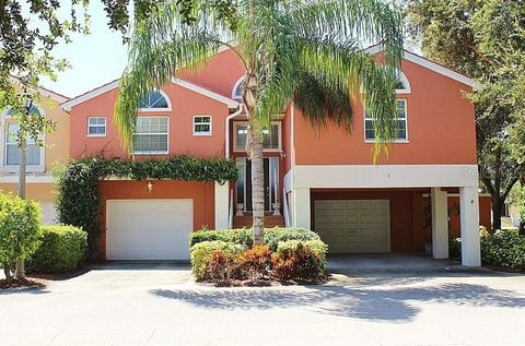 Photo of 1 Lincoln Ave S, Saint Petersburg, FL 33711