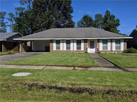 Photo of 346 Westchester Pl, Slidell, LA 70458