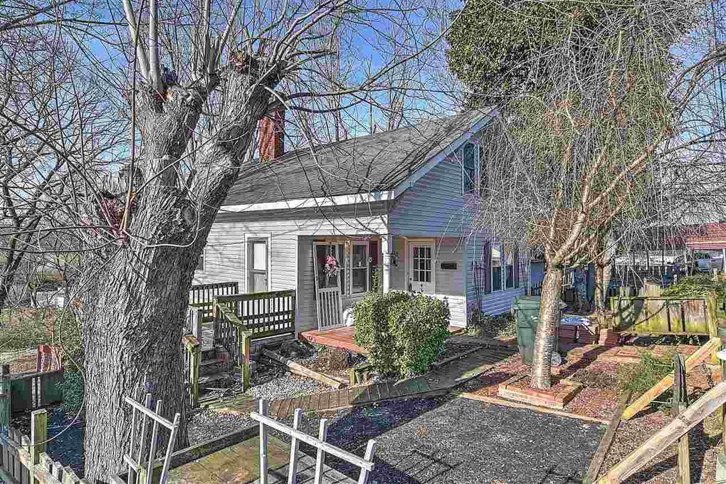 603 Black Oak St Greeneville, TN 37745