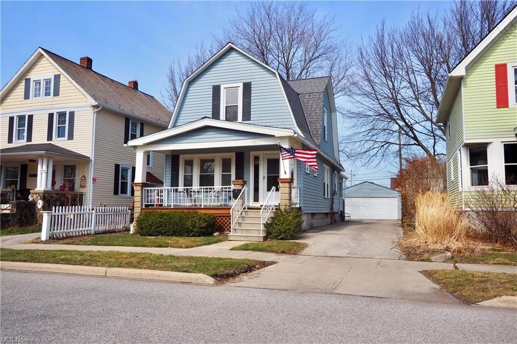 19234 Riverview Ave Rocky River, OH 44116