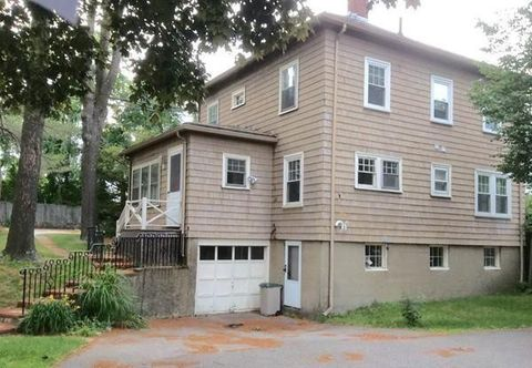 Photo of 302 Clyde St, Brookline, MA 02467