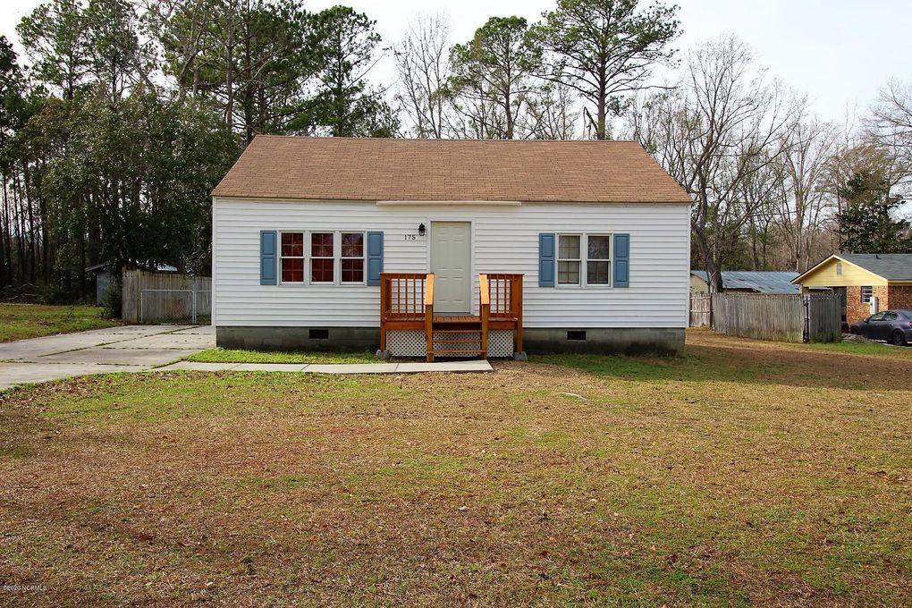 175 Oak Grove Rd Newport, NC 28570