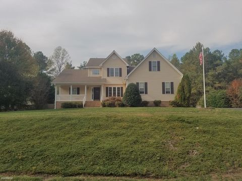 Photo of 16418 Inchcape Rd, Moseley, VA 23120
