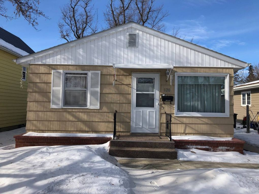 820 Main St Bottineau, ND 58318