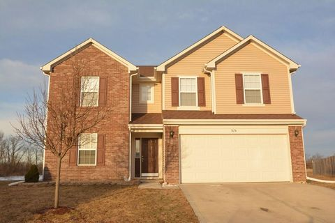 Photo of 7674 Pipestone Dr, Indianapolis, IN 46217