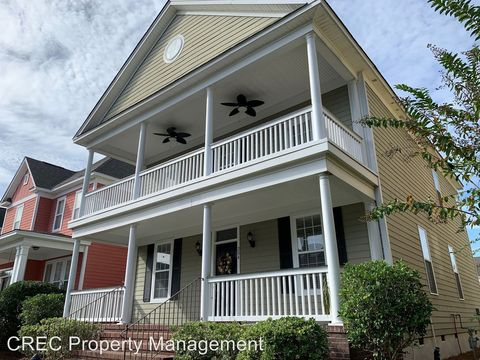 Photo of 204 Barberry St, Summerville, SC 29483