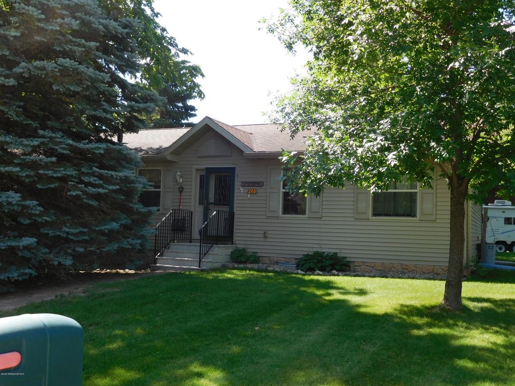 205 W Washington Ave Elizabeth, MN 56533