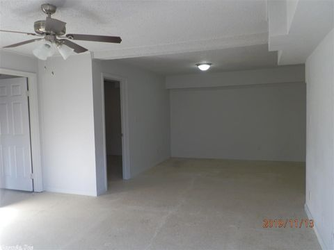 Photo of 1015 S 2nd Ave Apt 2, Paragould, AR 72450