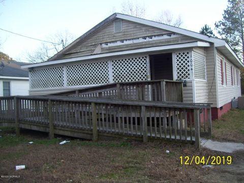 Photo of 1004 E Vance St, Murfreesboro, NC 27855