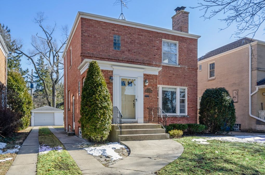 6771 N Keota Ave Chicago, IL 60646