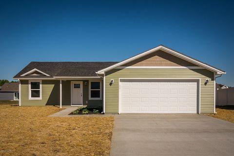 Photo of 1348 Onyx Ave, Scottsburg, IN 47170