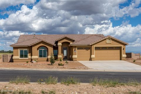 Photo of 6620 E Saddlehorn Cir, Hereford, AZ 85615