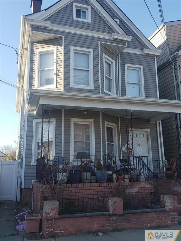 135 Madison Ave Perth Amboy Nj 08861 Realtor Com