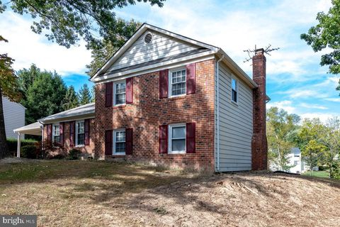 Photo of 8600 Ordinary Way, Annandale, VA 22003