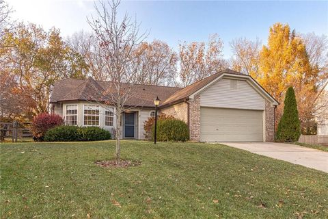 434 Wood Hollow Ct Westfield In 46074