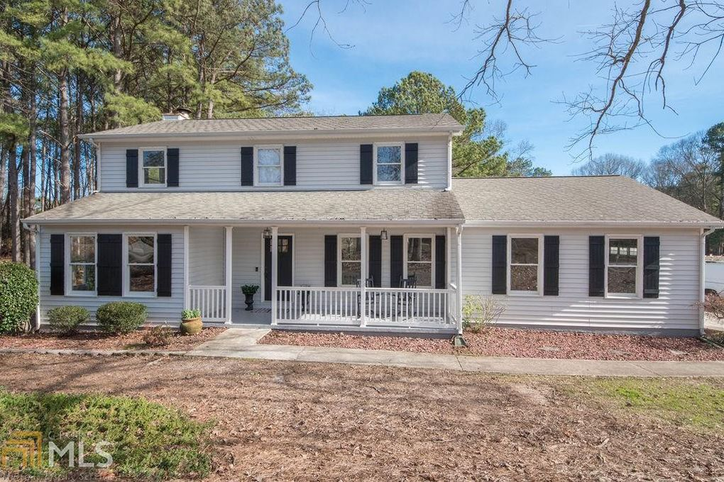 255 Country Squire Dr Fayetteville Ga 30215 Realtor Com