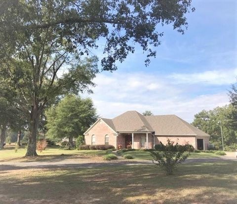 Photo of 1261 Nw Goodwater Rd, Magee, MS 39111
