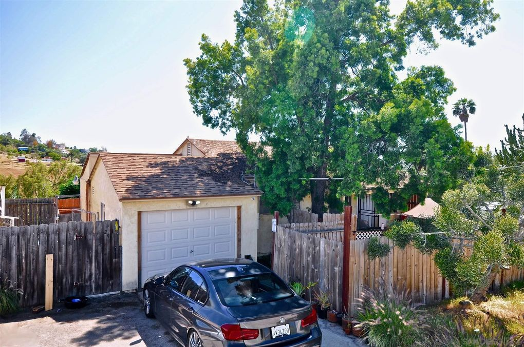 2610 Helix St Spring Valley, CA 91977