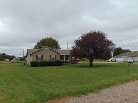 Photo of 1807 Wooten St, Covington, TN 38019