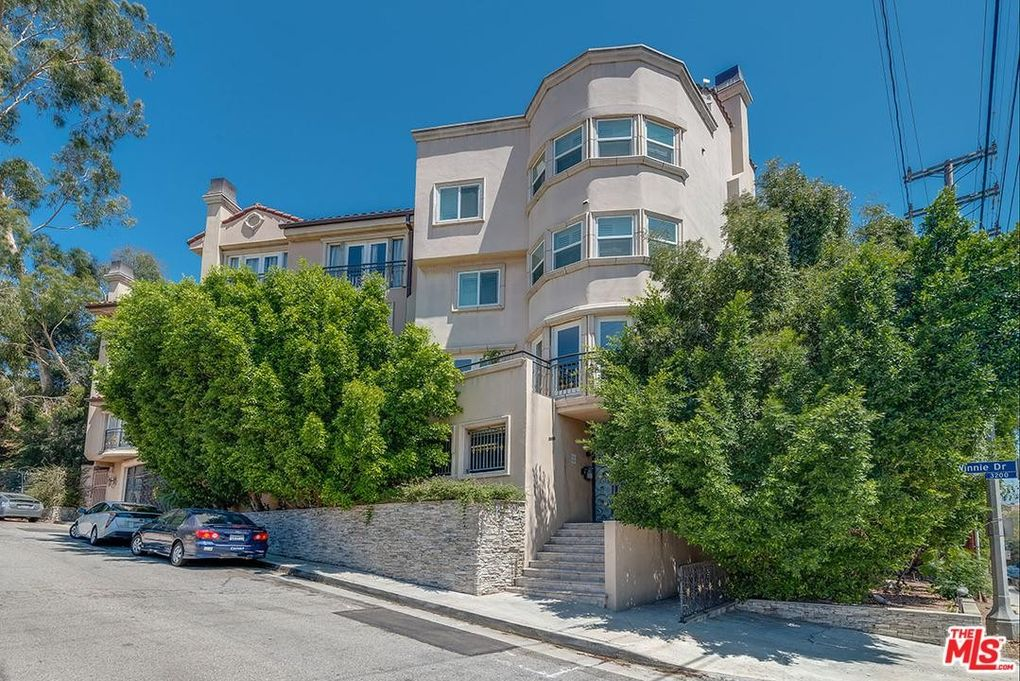 3401 Barham Blvd Apt 2, Los Angeles, CA 90068