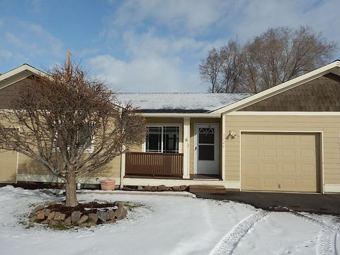 Photo of 172 Sw Ivy Ct, Prineville, OR 97754