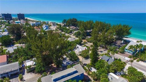 51 84th Ave, Treasure Island, FL 33706