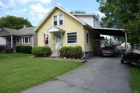 224 Garden City Dr, Syracuse, NY 13211
