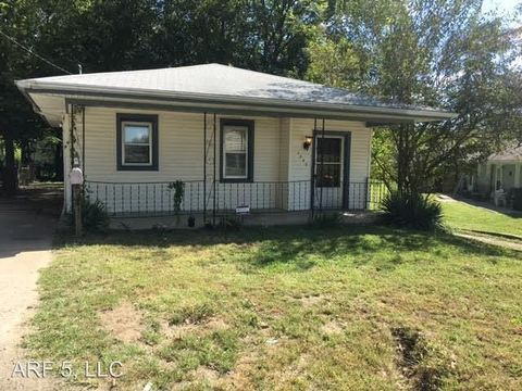Photo of 1543 S Willow Ave, Independence, MO 64052