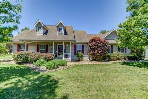 Prime Decatur Il 3 Bedroom Homes For Sale Realtor Com Home Interior And Landscaping Ponolsignezvosmurscom