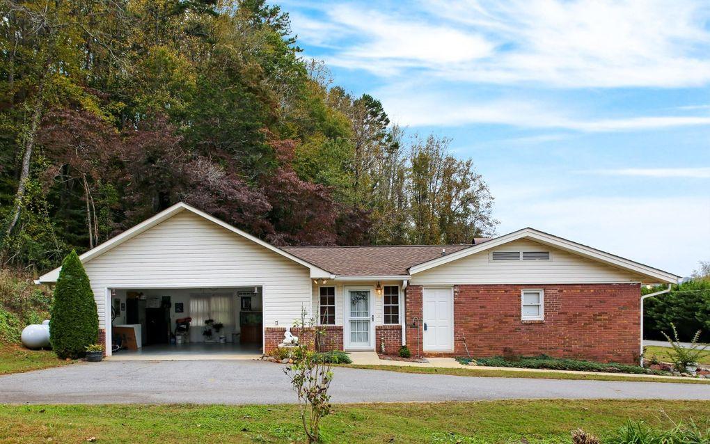 1654 Myers Chapel Rd, Hayesville, NC 28904
