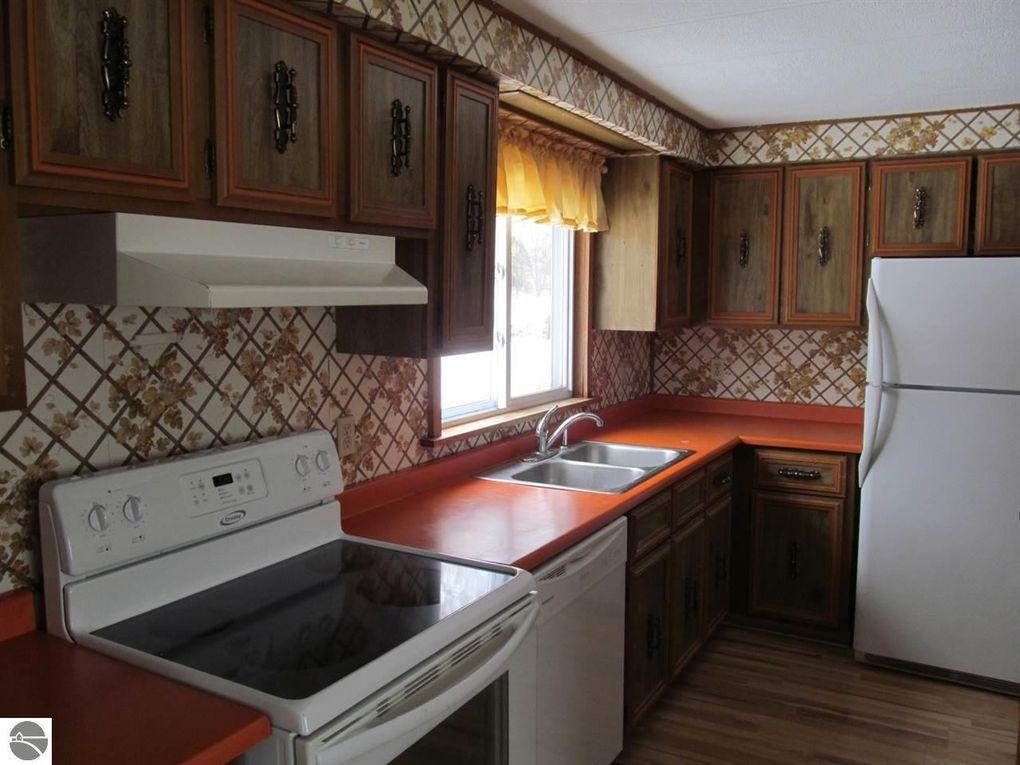 Home Design 9358 Part - 38: 9358 W Hemlock St, McBain, MI 49657