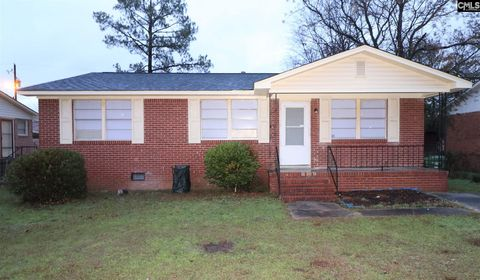 Photo of 317 Greybark Dr, Hopkins, SC 29061