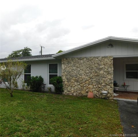 Photo of 11600 Sw 81st Rd Unit 1, Pinecrest, FL 33156