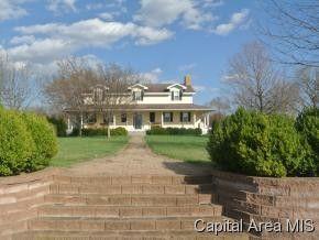 1826 Sellars Rd, Murrayville, IL 62668