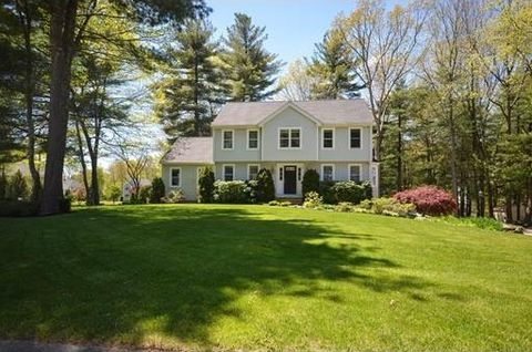 3 Blueberry Meadow Dr, Sutton, MA 01590