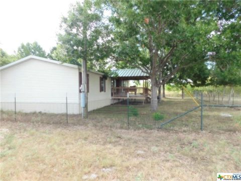 Photo of 7833 Fm 621, Martindale, TX 78655