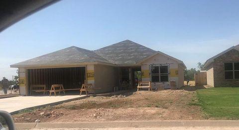 Photo of 363 E 46th St, San Angelo, TX 76903