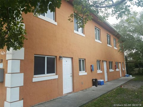 Photo of 1239 Ne 127th St Apt A, North Miami, FL 33161