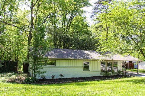 Photo of 1328 Sumac Dr, Knoxville, TN 37919