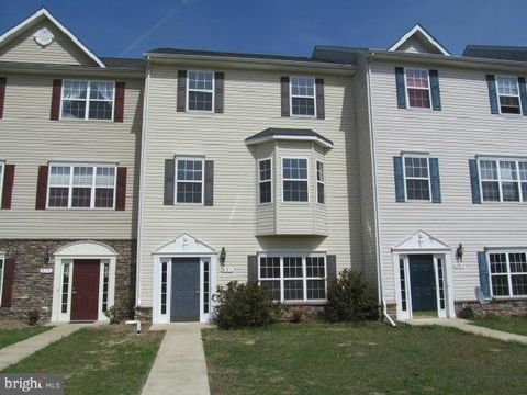 Photo of 221 Briarwood Cir, Denton, MD 21629