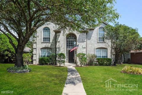 Photo of 1226 Paul Dr, Cedar Hill, TX 75104