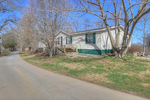 169 M Perkins Rd, Center, KY 42214