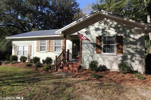 Photo of 414 S Section St, Fairhope, AL 36532