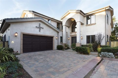 Photo Of 258 Santa Isabel Ave Costa Mesa Ca 92627